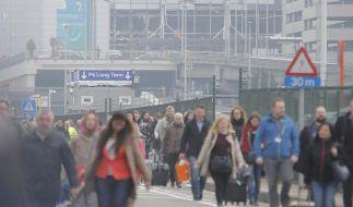 Nach mehreren Explosionen u.a. am Flughafen herrscht in Brüssel Chaos. (Foto)