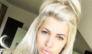 Sarah Nowak zieht sich nicht nur für den Playboy aus. (Foto)