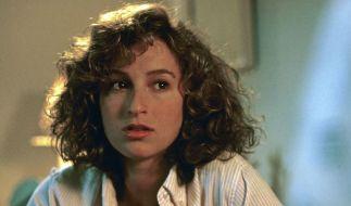 """Jennifer Grey ist 30 Jahre nach dem Mega-Erfolg """"Dirty Dancing"""" kaum wiederzuerkennen. (Foto)"""