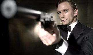 """Junger Bond, selbes Gewaltpotential: Daniel Craig lässt es in """"Casino Royale"""" krachen. (Foto)"""