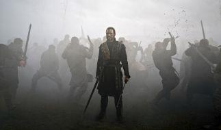 Nach einer siegreichen Schlacht beginnt der unaufhaltsame Aufstieg des Heerführers Macbeth. (Foto)