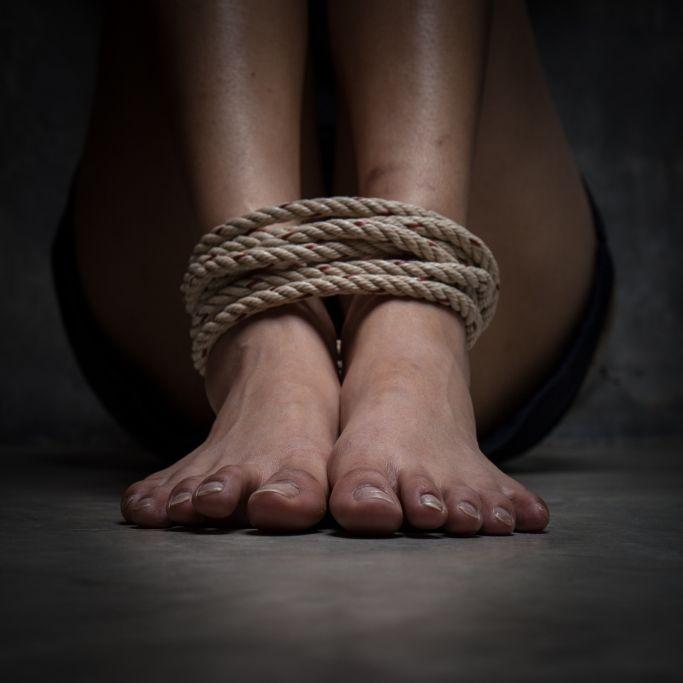 Sex-Sklavin (14) für 100.000 Euro freigekauft! (Foto)