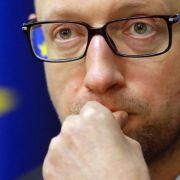 Rücktritt von Ministerpräsident Jazenjuk (Foto)