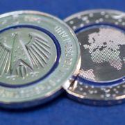 """""""Blauer Planet Erde"""" - So kommen Sie an die Münze (Foto)"""