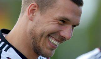 Lukas Podolski: Seine Fans sind ihm treu ergeben. (Foto)