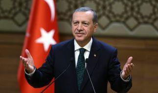 Erdogan musste 1999 in den Knast wegen eines Gedichts. (Foto)