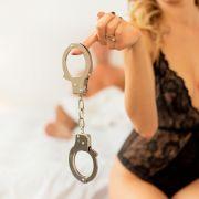 Verbotene Liebe! 17-jährige Insassin verführt Wärter (46) (Foto)