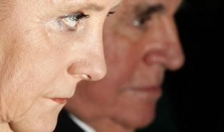 Helmut Kohl spricht über die Flüchtlingspolitik Angela Merkels. (Foto)