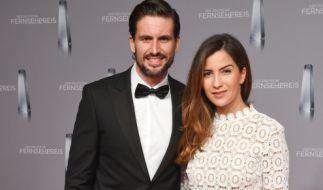 Tom Beck und seine Freundin Chryssanthi Kavazi am 13. Januar 2016 in Düsseldorf bei der Verleihung des Deutschen Fernsehpreises. (Foto)