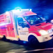 Kurz vorm Ertrinken - Held rettet zwei Teenies aus Autowrack (Foto)