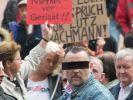 Pegida-Mitbegründer Lutz Bachmann vor dem Amtsgericht in Dresden. (Foto)