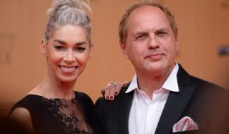 Seit 2009 ein Paar: Schauspieler Uwe Ochsenknecht und seine Freundin Kiki Viebrock. (Foto)