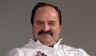 Der TV-Koch Johann Lafer ist nach seiner Steuerhinterziehung gerade noch einmal mit einem blauen Auge davon gekommen. (Foto)