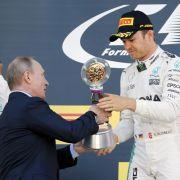 So überraschte Wladimir Putin den Rennfahrer in Sotchi (Foto)