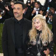 Erneut Nippel-Alarm bei Madonna! (Foto)