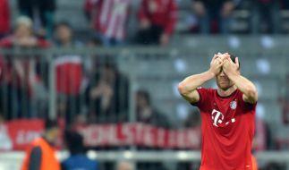 Bayerns Xabi Alonso nach dem Spiel gegen Atletico Madrid: Der FC Bayern München muss trotz Sieg das K.o. im Halbfinale der Champions League verkraften. (Foto)