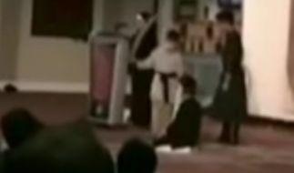In einer Moschee in Kanada haben Kinder eine Enthauptung nachgespielt. Die Szenen erinnern an die bestialischen Morde des IS. (Foto)
