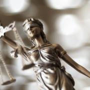 Angeklagt! Polizist wegen Kinderpornografie vor Gericht (Foto)