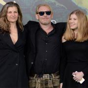 Ben Becker mit seiner Frau Anne (links) und der gemeinsamen Tochter Lilith (rechts).