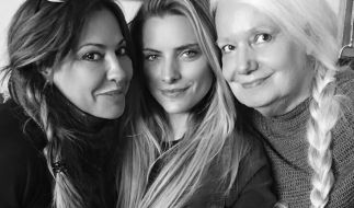 Drei Generationen auf einem Foto: Simone, Sophia und Erika Thomalla. (Foto)