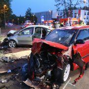 Illegales Autorennen! Verrückte rasen 2 Kinder ins Krankenhaus! (Foto)