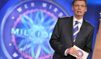 Günther Jauch stellt den Kandidaten teils unangenehme Fragen. (Foto)