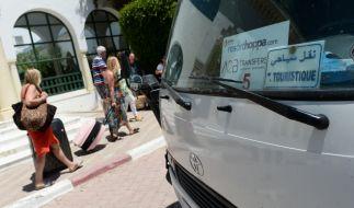 Offenbar wurde ein Busfahrer dabei erwischt, wie er auf einen schlafenden Fahrgast onanierte. (Foto)