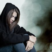 30 (!) Männer vergewaltigen 16-Jährige und posten Bilder auf Twitter (Foto)