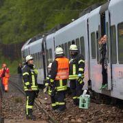 An der Mosel war ein Regionalzug auf dem Weg nach Trier infolge eines Erdrutsches entgleist. Verletzt wurde niemand.