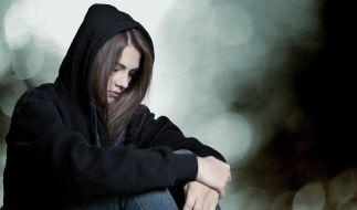 Nachdem ein 16-jähriges Mädchen von über 30 Männern vergewaltigt wurde und diese ein Video der Tat ins Internet stellten, wurden nun zwei mutmaßliche Täter festgenommen. (Symbolbild) (Foto)