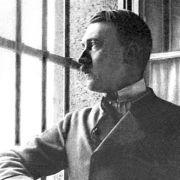 Hitler hatte kleinen Bruder mit Wasserkopf (Foto)