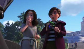 Dieses Pärchen ist sekundenlang im Trailer zu sehen: Weist Disney auf ein homosexuelles Paar hin? (Foto)