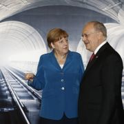 """Bahn frei"" - Längster Eisenbahntunnel der Welt eröffnet (Foto)"