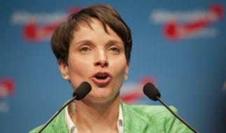 Wird es heute hoffentlich ordentlich krachen lassen: Frauke Petry wird 41. (Foto)
