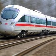 Bahn wirbt zur EM mit schwulem Fußballer (Foto)