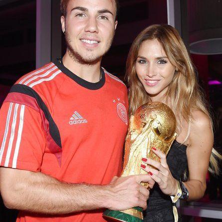 So lebt der Weltmeister mit seiner Model-Freundin (Foto)