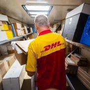 Modelabel vertickt DHL-Shirts für 245 Euro pro Stück! (Foto)