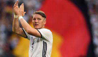 Bastian Schweinsteiger gab gegen Ungarn sein Comeback. Sein erstes Spiel seit März. (Foto)