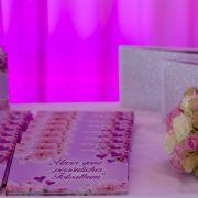 Für jeden Gast gab es ein Fotoalbum mit den schönsten Fotos des Brautpaares.