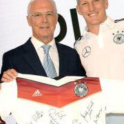 Beckenbauer glaubt an Schweinsteiger (Foto)