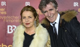 Die Schauspielerin Michaela May und ihr Mann, der Regisseur Bernd Schadewald. (Foto)