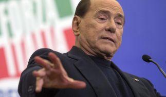 Silvio Berlusconis Herz-OP hat begonnen. (Foto)