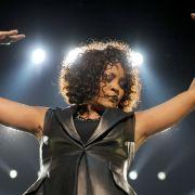 Schicksal? Auch Whitney Houstons Tochter verlor den Drogen-Kampf (Foto)