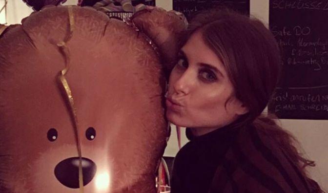 Aber auf jeden Fall stehen die beiden tierisch auf Teddy-Bären. Vielleicht Mats' Spitzname?