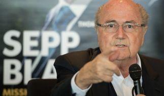 Sepp Blatter deutet Manipulation bei der Uefa an. (Foto)