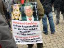 Pegida-Demo in Dresden: Seit dem Beginn der Flüchtlingskrise brodelt es in Deutschland. (Foto)
