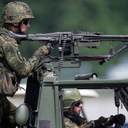 """""""Katastrophale Ausstattung""""! Soldaten misstrauen ihren Waffen (Foto)"""