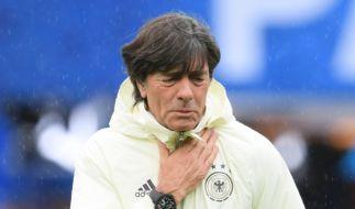 Joachim Löw hat sich bei der EM 2016 eine Erkältung zugezogen. (Foto)