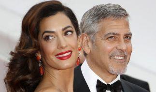 """Ist George Clooney etwa eitel? Immerhin wurde er schon zweimal zum """"Sexiest Man Alive"""" gewählt. Das liegt aber auch schon zehn Jahre zurück. (Foto)"""
