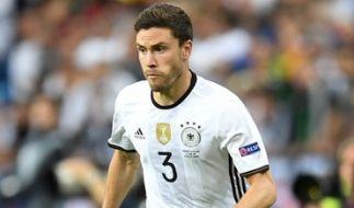 Jonas Hector beim Vorrundenspiel Deutschland gegen Polen während der Fußball-EM 2016. (Foto)